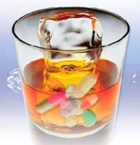 Лечить больного алкоголизмом без его желания опасно